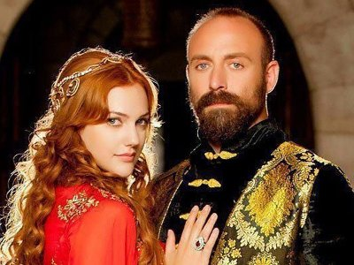 Actor Halit Ergenc of Mera Sultan Spotted in Pakistan