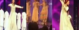 Reema Khan and Mawra Dance at Lux Style Awards