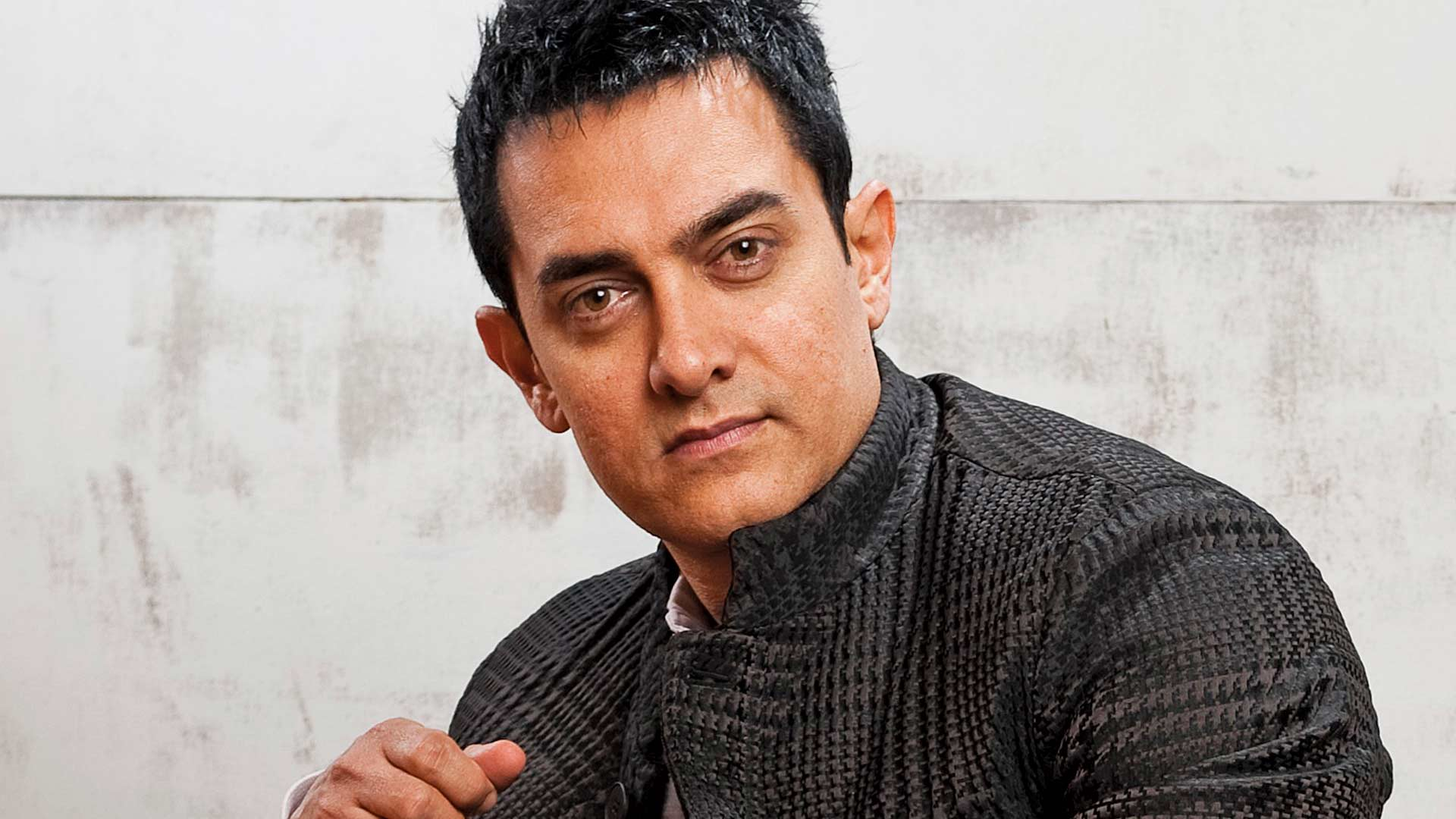 Aamir Khan Participated in Award Show after 16 Years