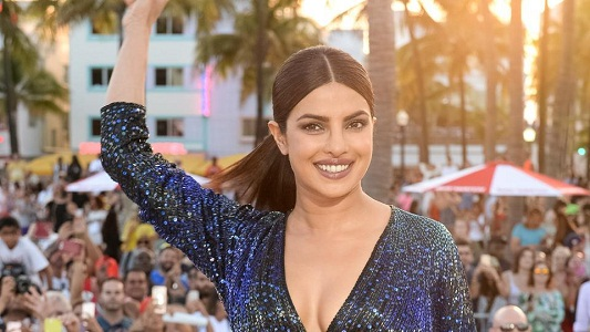 Priyanka Sported Mermaid Look at Baywatch Premiere