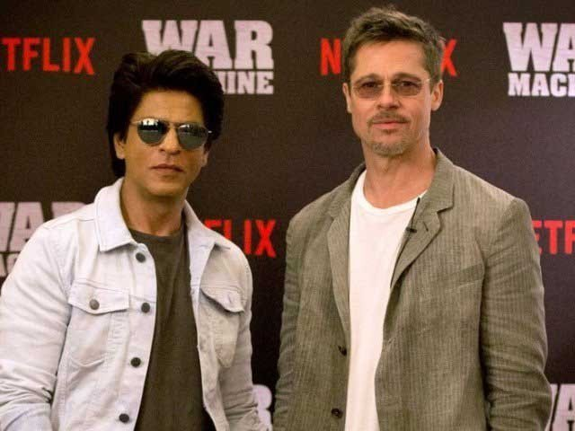 SRK Became Teacher of Hollywood Actor Brad Pitt