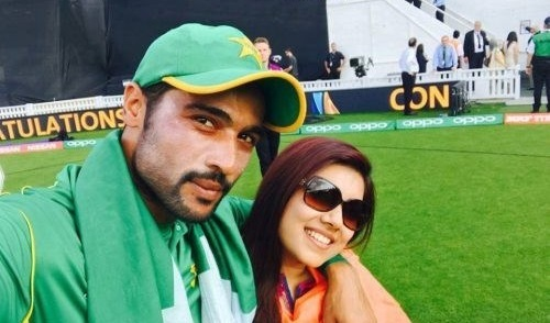 Cricketer M Amir with his wife Narjis