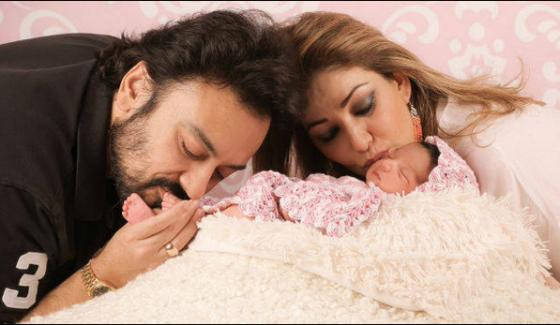 Adnan Sami Shared Pictures of His Daughter on Social Media