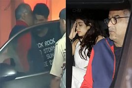 Sridevi`s Daughter Emotional Jhanvi Kapoor Meets Brother Arj