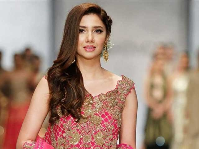 Mahira with Makeup Artist Video Releases