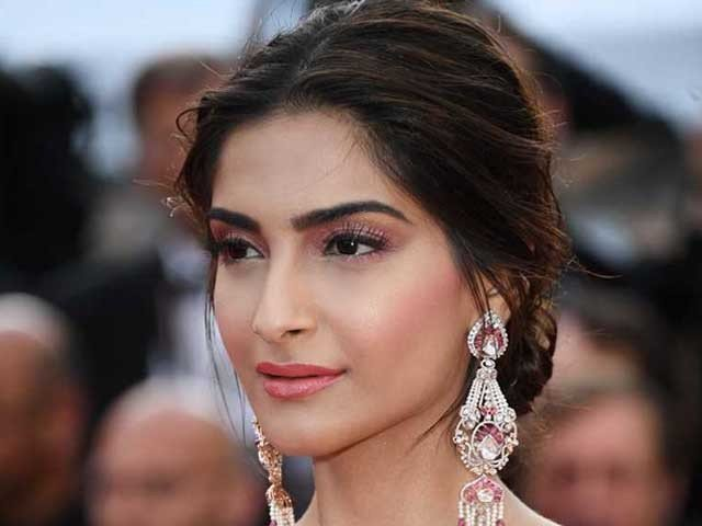 Sonam Kapoor Confirmed Sexual Harassment in Childhood