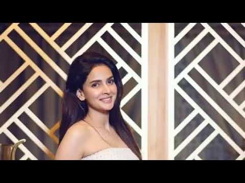 Saba Qamar Breath Taking Birthday Celebration Pictures